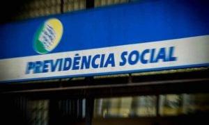 O presidente eleito, Jair Bolsonaro (PSL), já sinalizou que a Reforma da  Previdência é uma de suas prioridades. Membros do futuro governo já  afirmaram que a ... 8c5ad11500